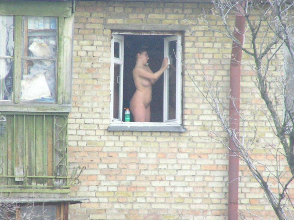 Подглядывание В Окна Порно