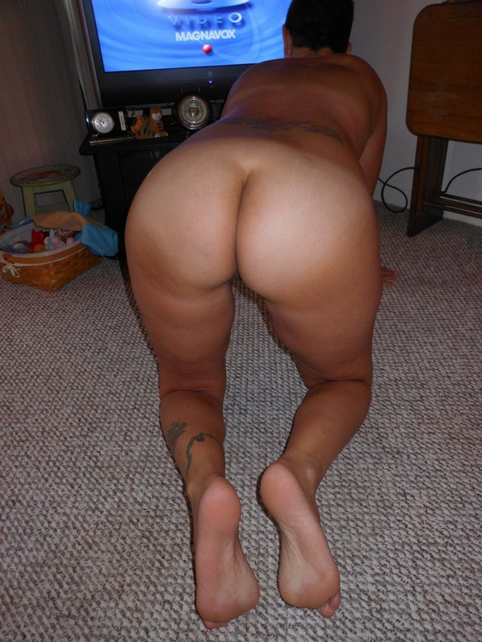 Зрелые задницы хорошими жопами