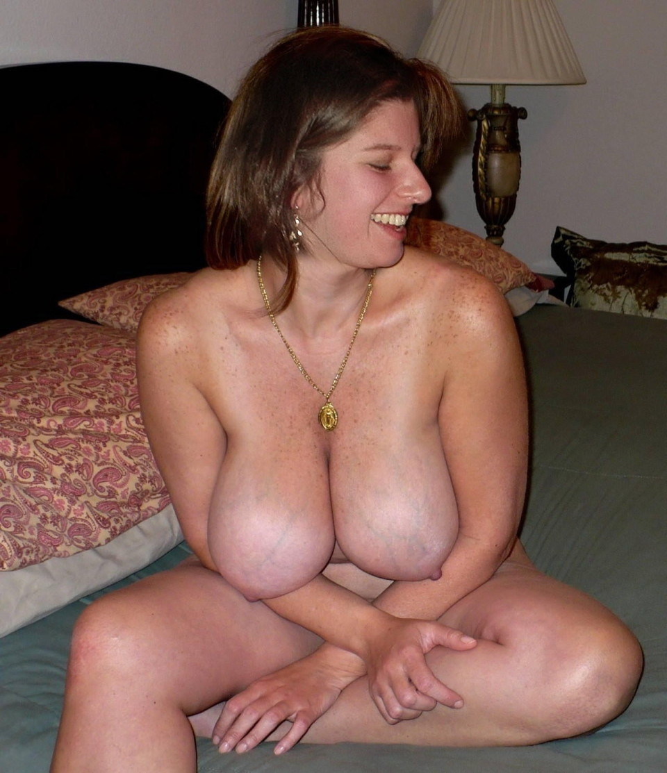 Real naked busty mom, beautiful breasts hairy pussy
