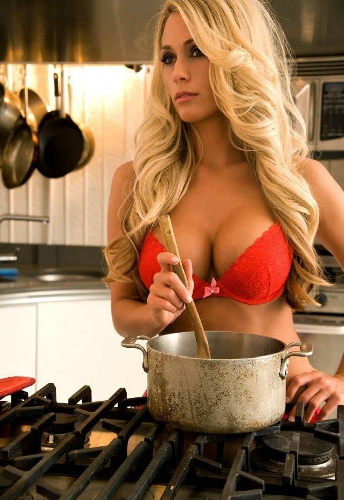Видео секс на кухне с кухаркой, фото самых огромных сосков и сисек в мире