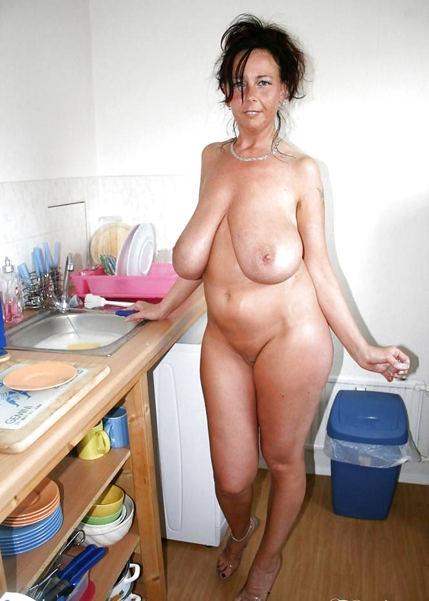 single-mom-naked-mexican-women-and-white-men-nude