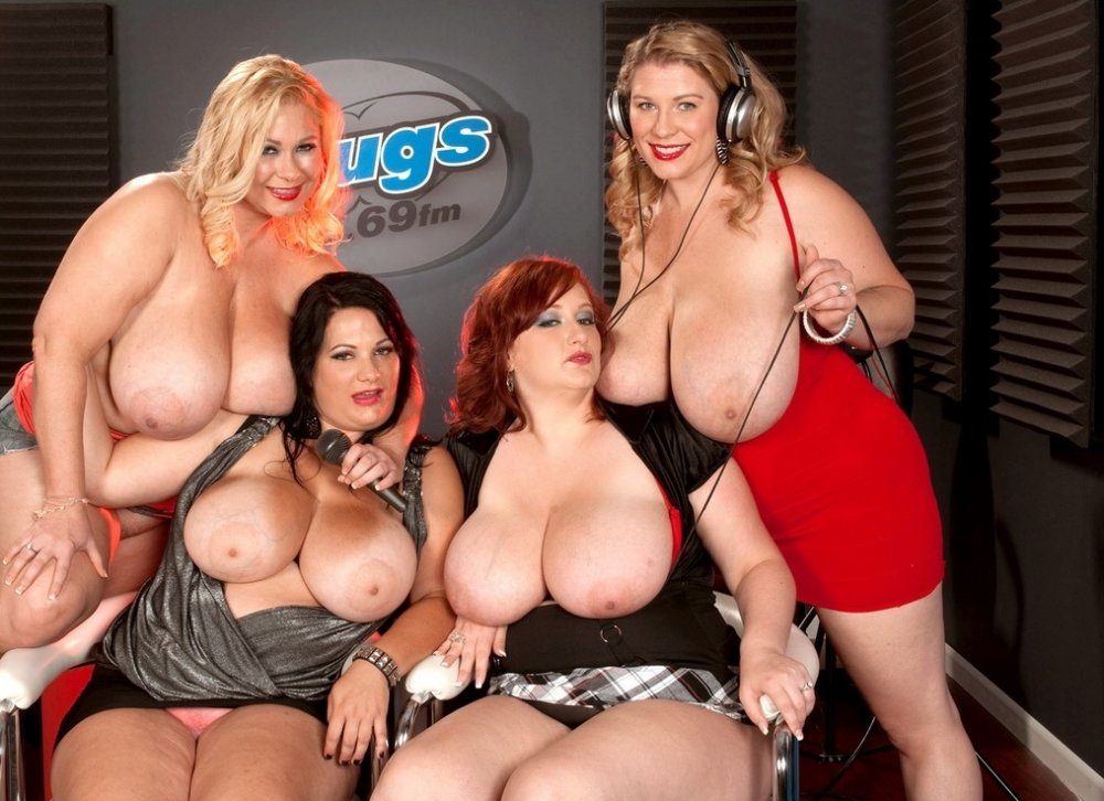 Порно фото жирных баб с огромными дойками меня