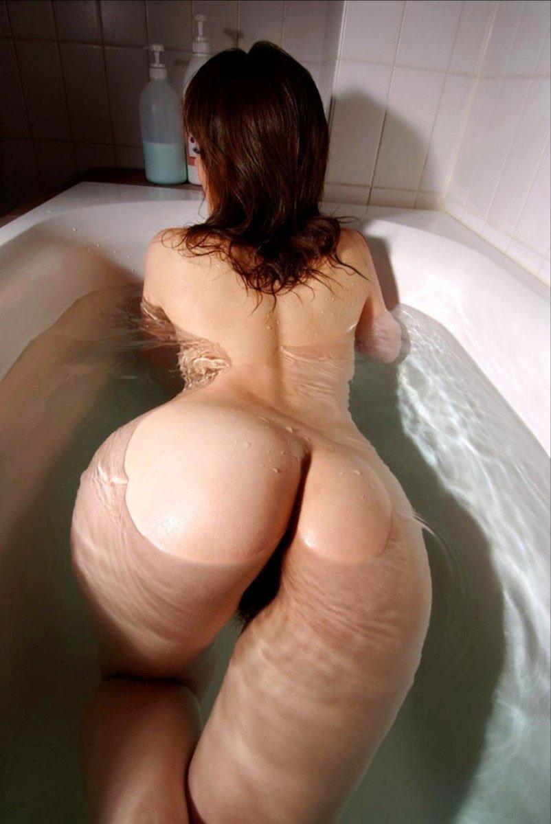 подобранный красивая большая задница грудь видео являются