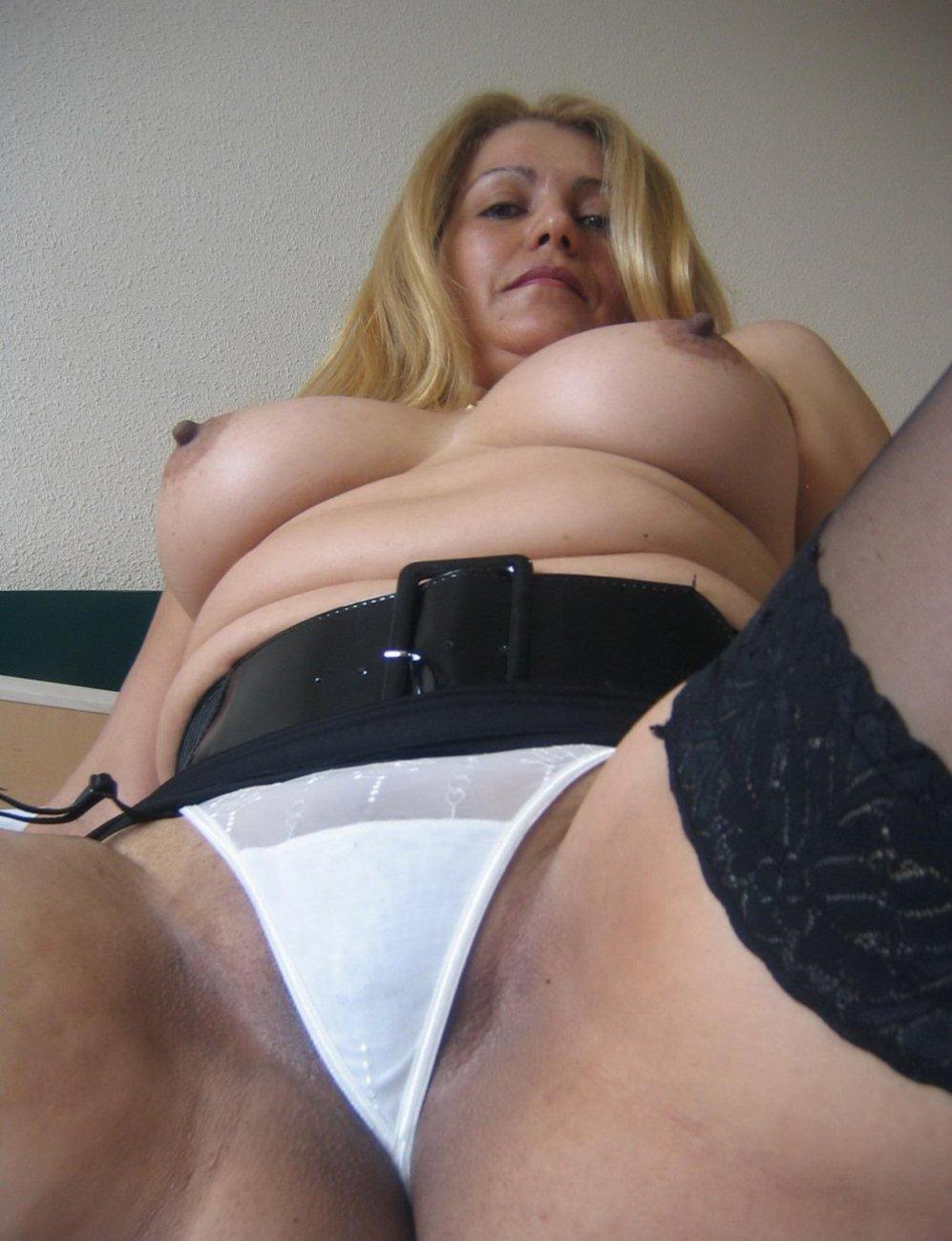 секс фото зрелых трусах - 13