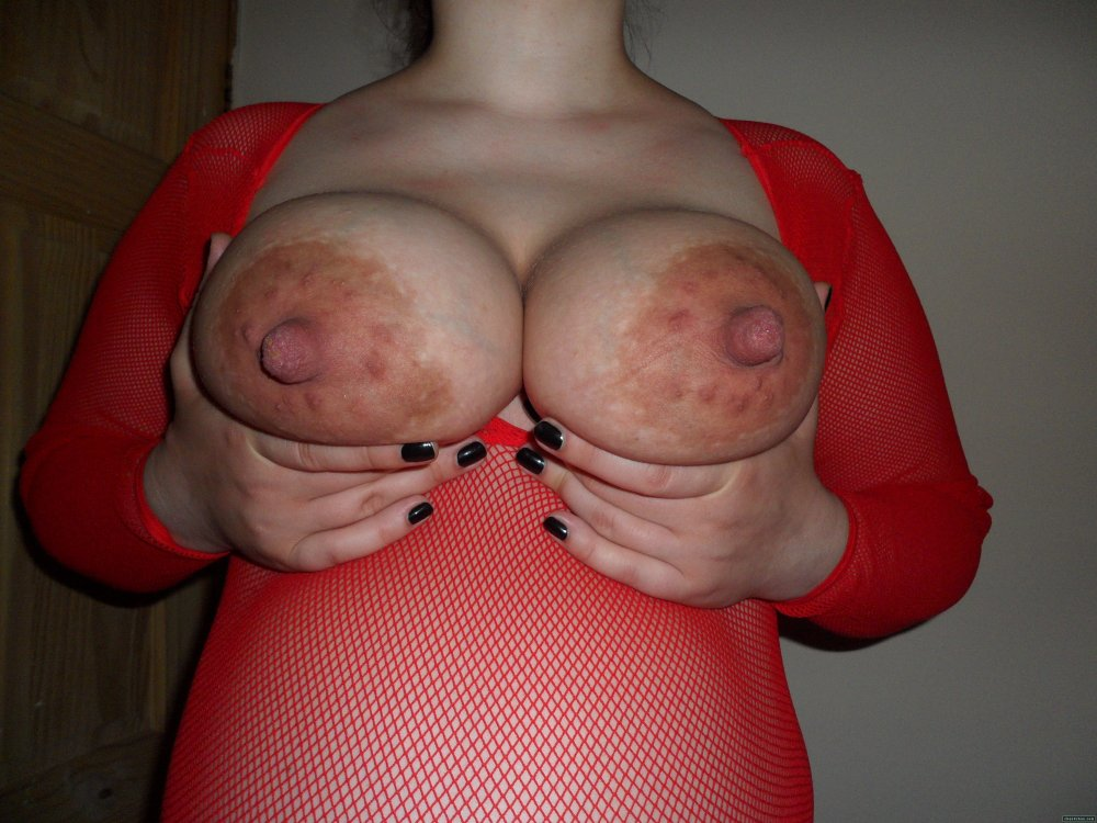 На груди большие соски фото
