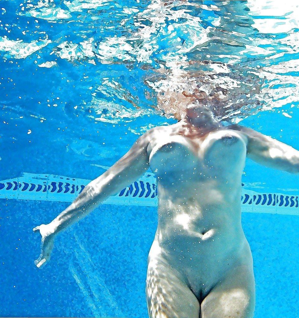 swiming-amateut-nudes-flat-chested-whore
