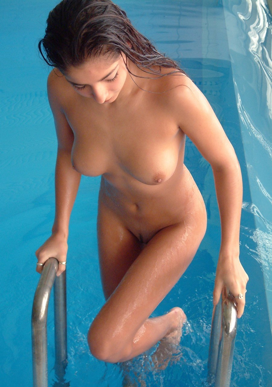nude-girl-shooting-pool-porn-sex-gaping-pussys