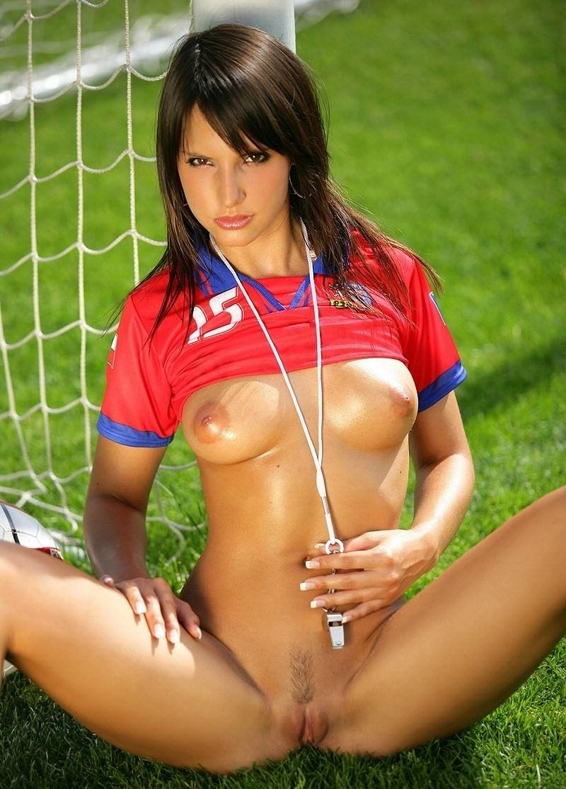 Sexy soccer naked — img 4