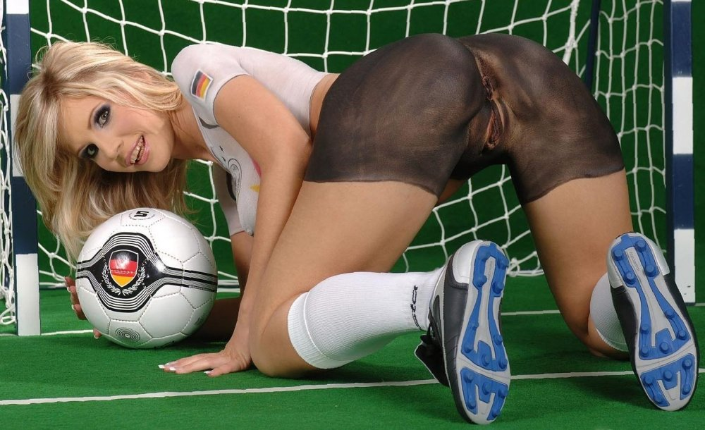 fucking-women-in-foot-ball-pic-csi-bdsm-multiple-partners-fanfictions
