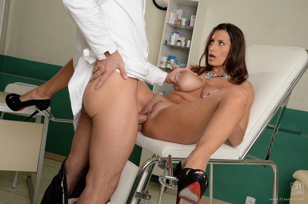 Pregnant doctor exam sex galery free xxx galeries